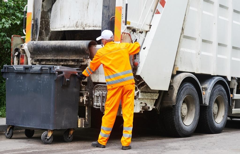 Вывоз мусора с предприятия